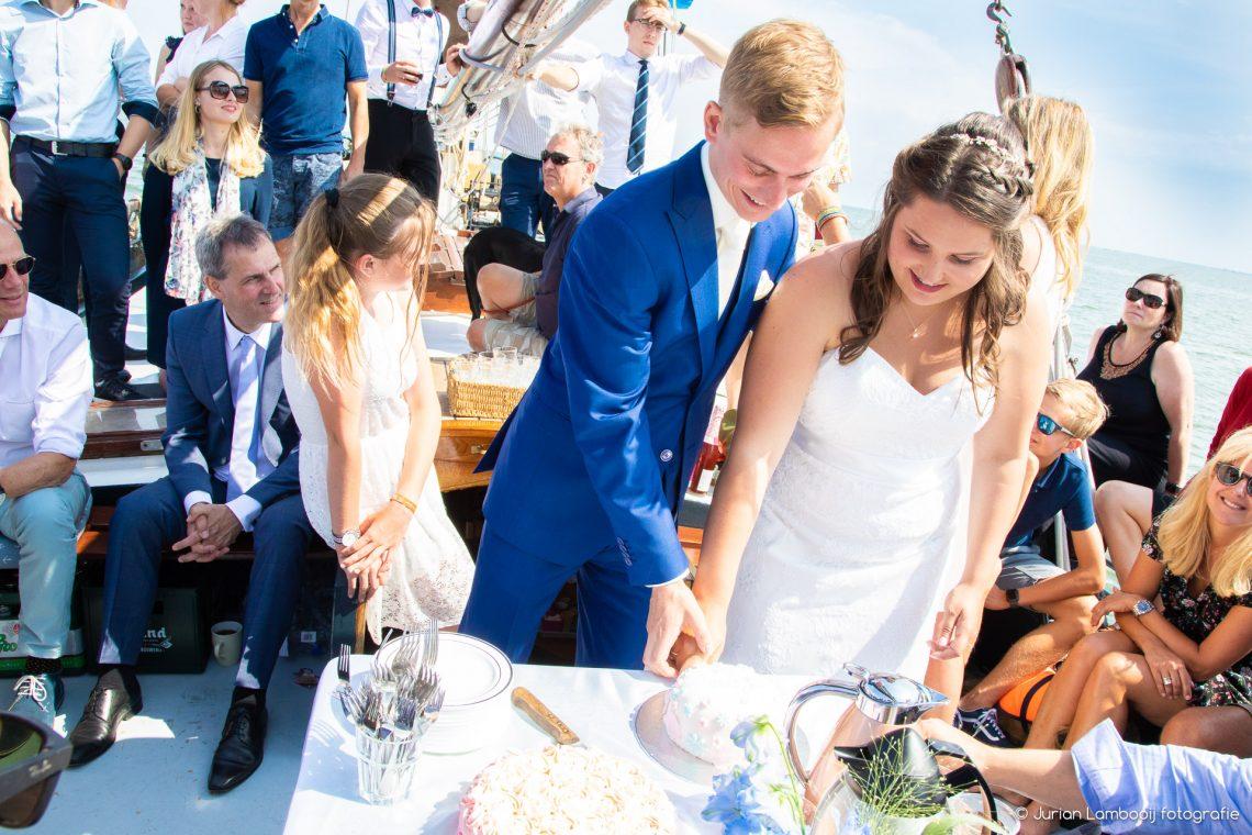 Reinout en Jessica trouwen in Edam op het water